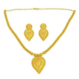 22 Karat Yellow Gold Necklace and Earring Set