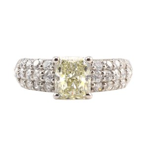 Platinum 1.51 Carat Center Radiant Cut Diamond Ring