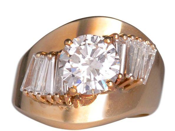 2.0 Carat VS2 Center Diamond Ring