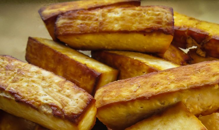 Tofu baked with soy sauce