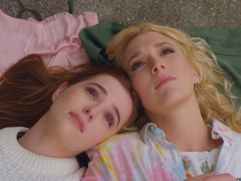 Zoey Deutch and Madelyn Deutch in The Year Of Spectacular Men.