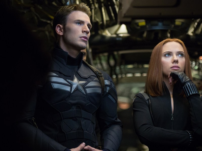 Captain America/Steve Rogers (Chris Evans) and Black Widow/Natasha Romanoff (Scarlett Johansson) in Captain America: The Winter Soldier.
