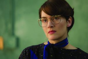 Kate Winslet as Joanna Hoffman in Steve Jobs.