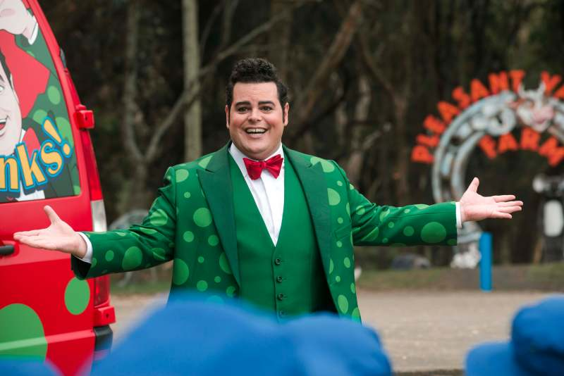 Teddy McGiggle (Josh Gad) in Little Monsters.