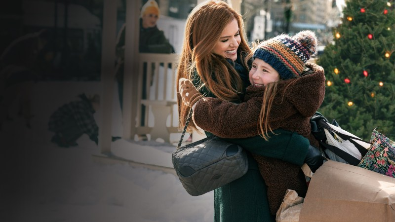 Isla Fischer and Willa Skye in Godmothered