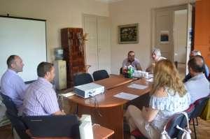 Načelnik Odeljenja za privredu i turizam Ivan Kamerer sa saradnicima u razgovoru sa komisijom