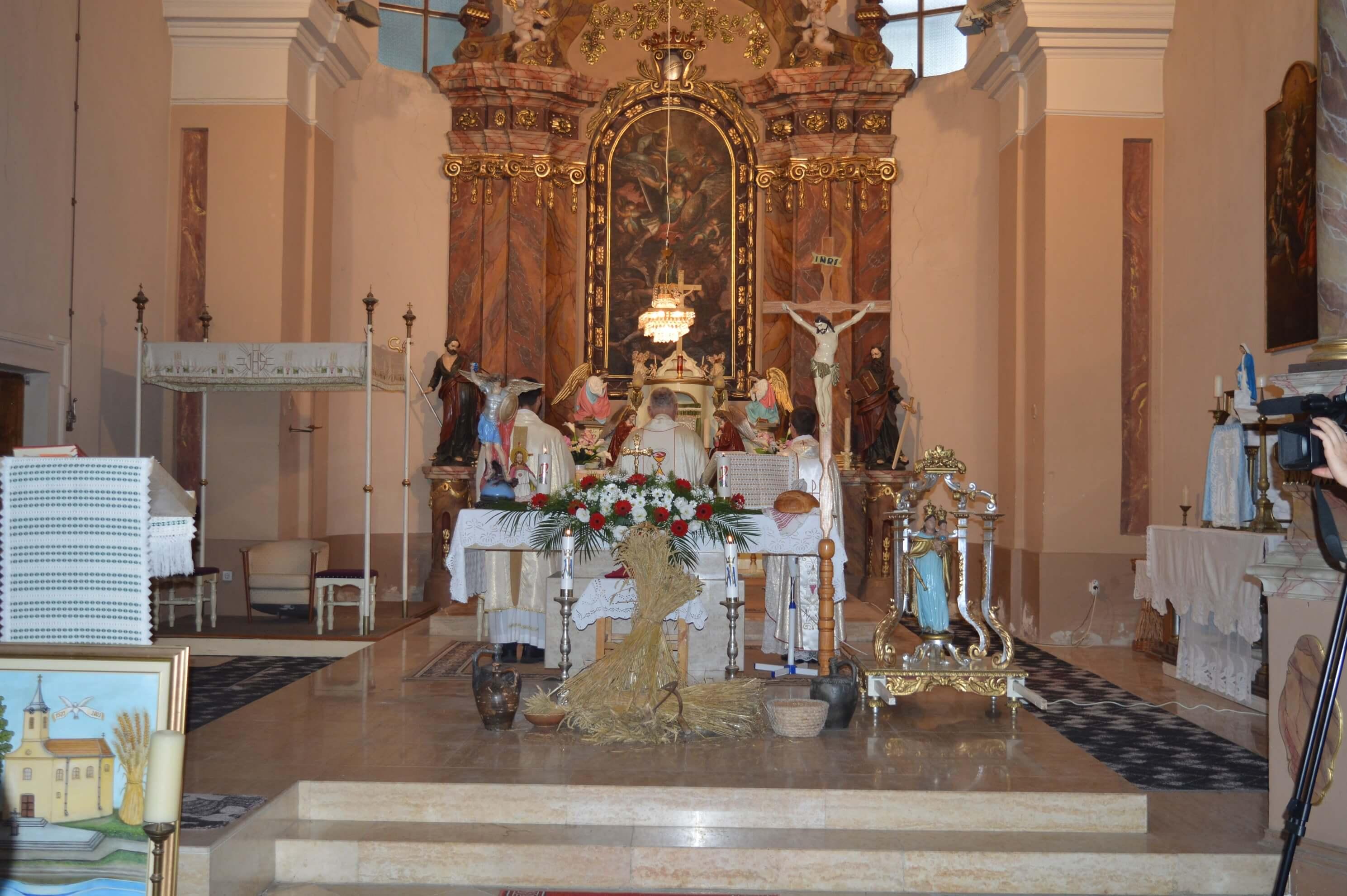 Миса у жупној цркви Светог аранђела Михаила