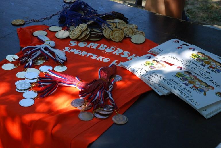 Медаље и дипломе за такмичаре