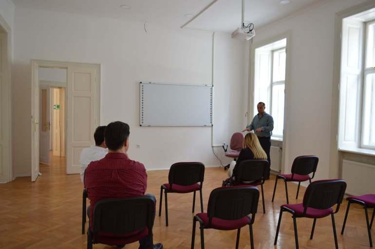 Предавању су присуствовали и др Далибор Форгић, градски већник задужен за област здравства и социјалне заштите и Биљана Клипа, секретар Црвеног крста  Сомбор