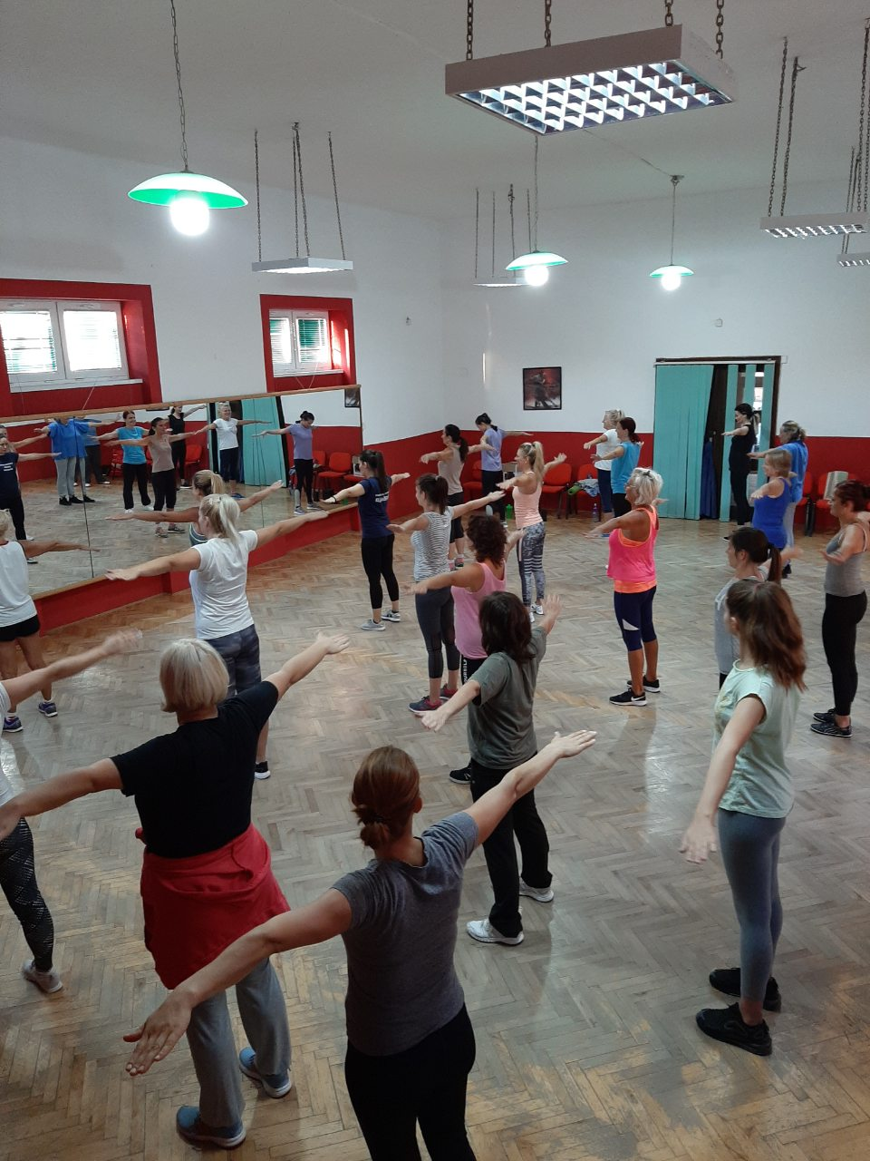 У оквиру Европске недеље мобилности одржан је час Бесплатне спортске рекреације за жене