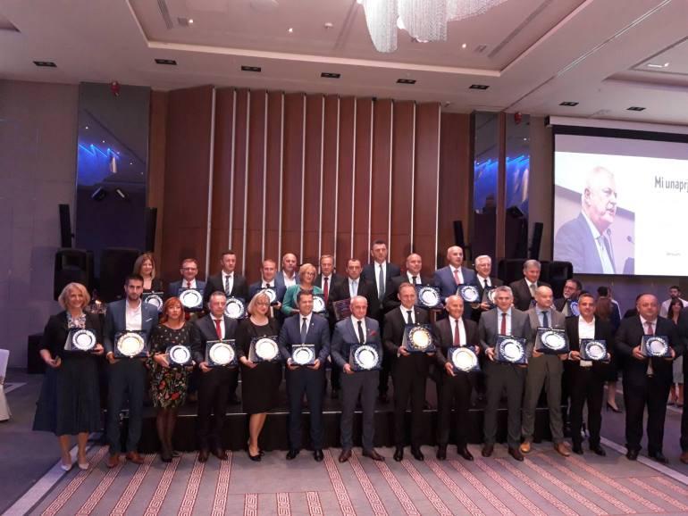 """Свечаност доделе награда и признања """"GlobalLocal"""" у оквиру званичног програма Светског конгреса предузетника"""