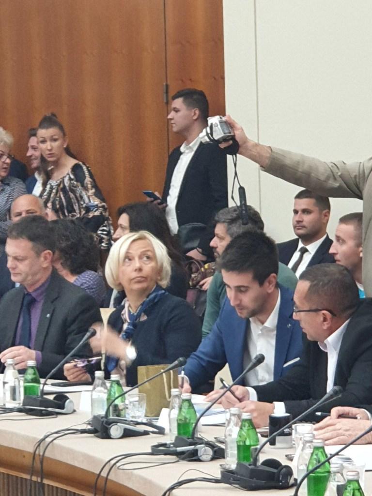 """Заменик градоначелнице Антонио Ратковић заједно са представницима ЗЗ """"Дорослово"""" потписао је Уговор о додели бесповратних средстава која су додељена задругама на основу Конкурса"""