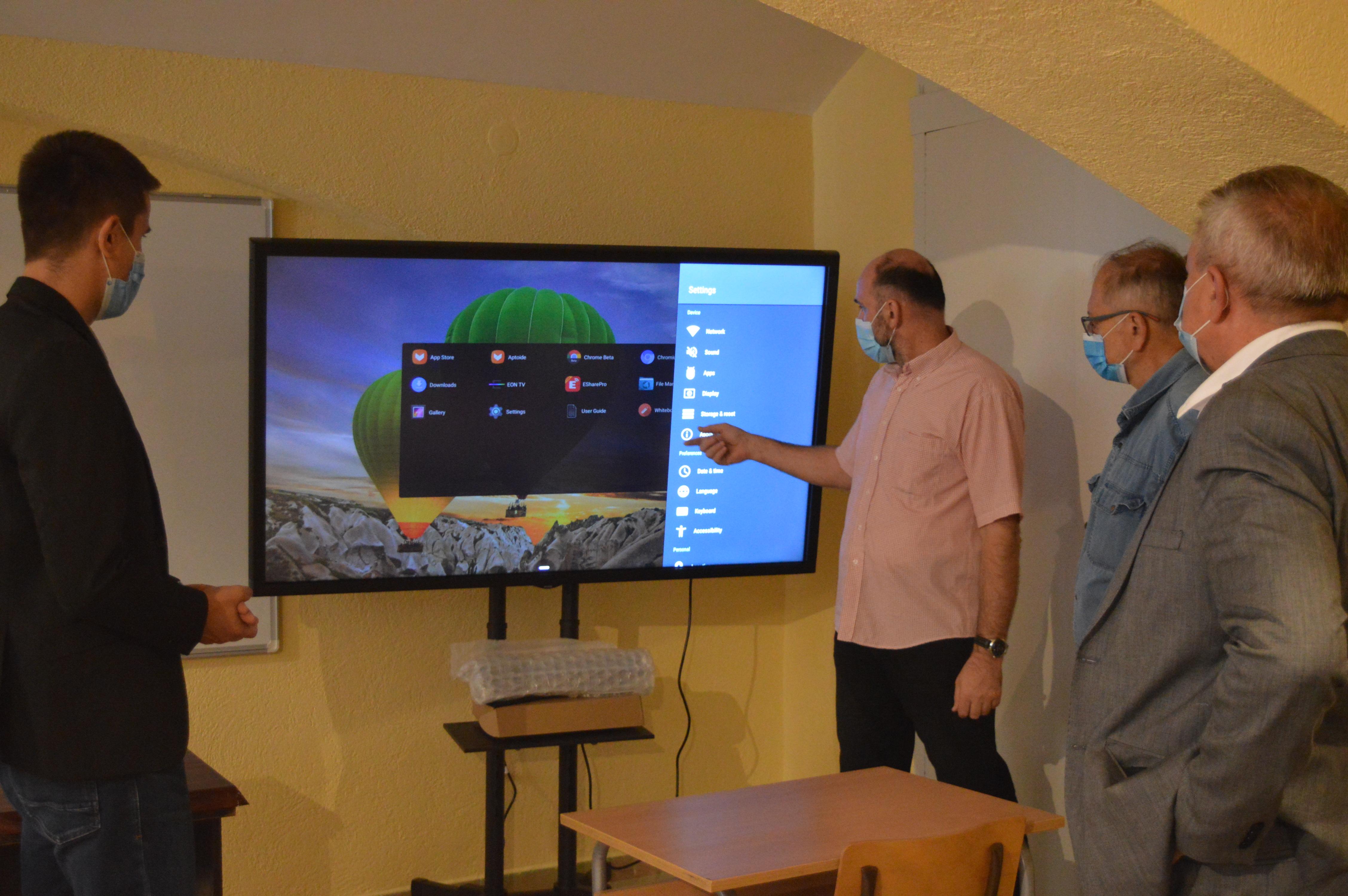Нова опрема за Школски омладински центар у Гимназији