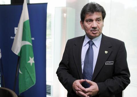 Makhdoom-Syed-Faisal-Saleh-Hayat