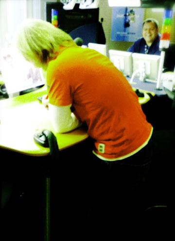 orange-bleue-jour-116-lomo.jpg
