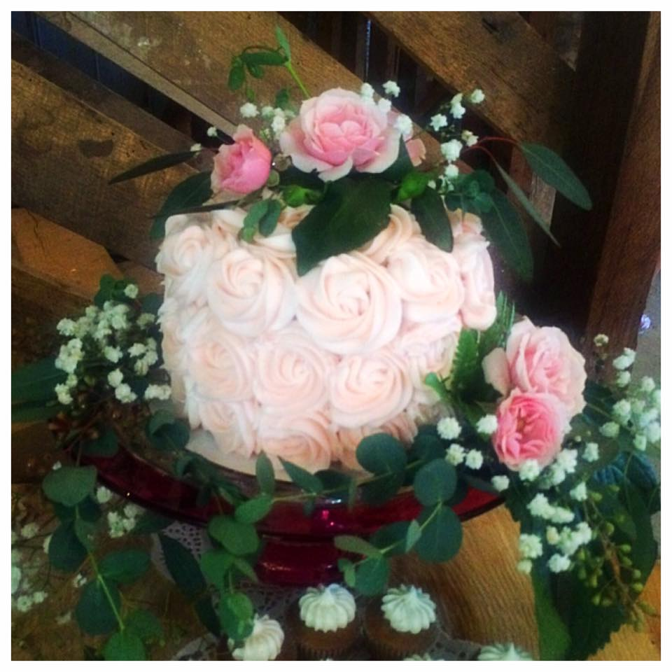 The Barn at Wildwood Springs Wedding Cutting Cake in Buttercream Roses Finish
