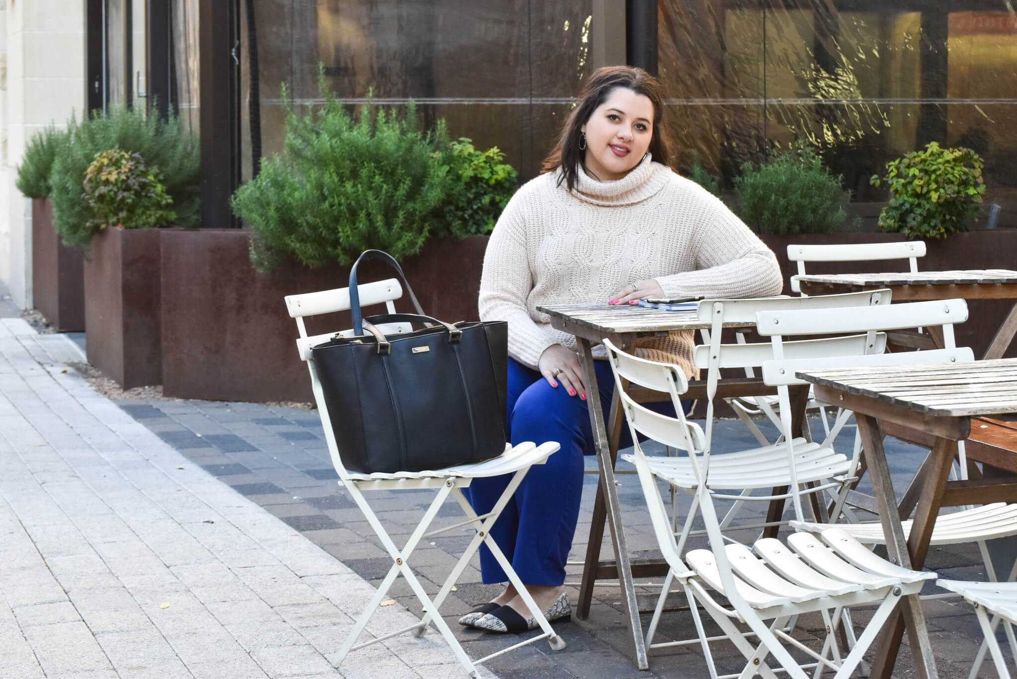 Business Casual Fashion Rut| Something Gold, Something Blue - Curvy Style Blog | What to wear to work in the cooler months - my recommendation: a turtlneck and colored slacks