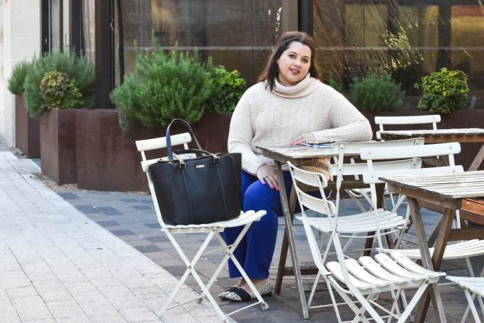 Business Casual Fashion Rut  Something Gold, Something Blue - Curvy Style Blog   What to wear to work in the cooler months - my recommendation: a turtlneck and colored slacks