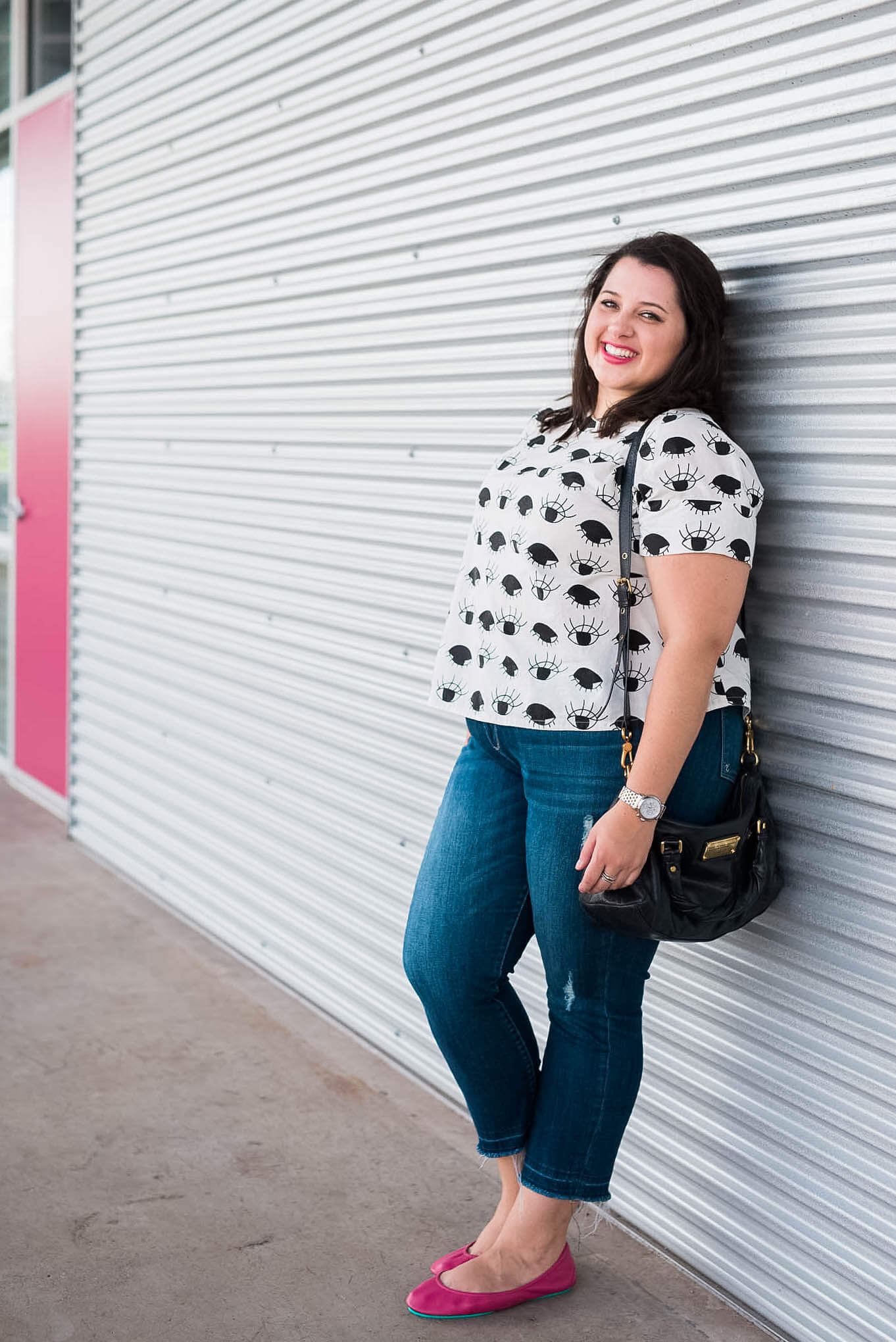 A fun Anthropologie top and some pink accents make for the perfect weekend getup| Something Gold, Something Blue curvy fashion blog by Emily Bastedo