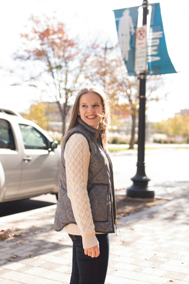 j.crew factory fisherman cable knit sweater, aeo american eagle outfitter jeggings, denim, jeans, j.crew quilted vest, red flats, womens clothing, style, outfits, fashion, fall fashion, winter fashion