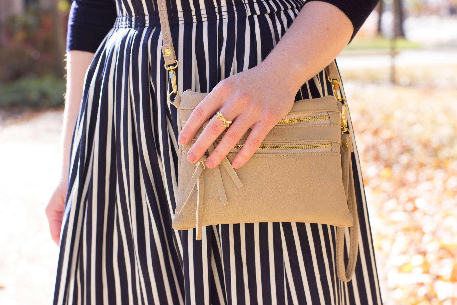 5 Easy Thanksgiving Outfit Ideas | Something Good, @danaerinw , crossbody bag
