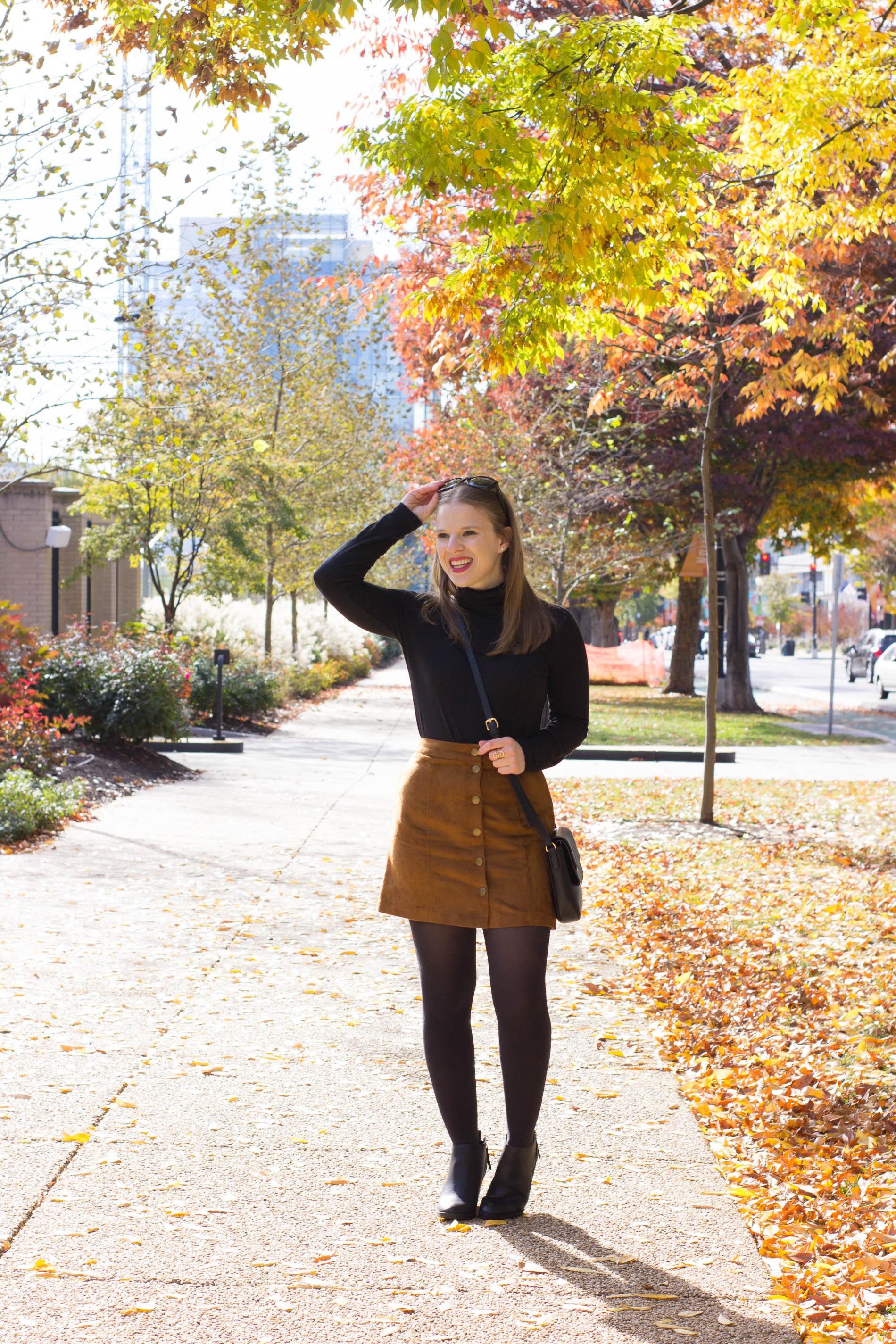 What to Wear to a Friendsgiving | Something Good, @danaerinw , j.crew tissue turtleneck, fall style
