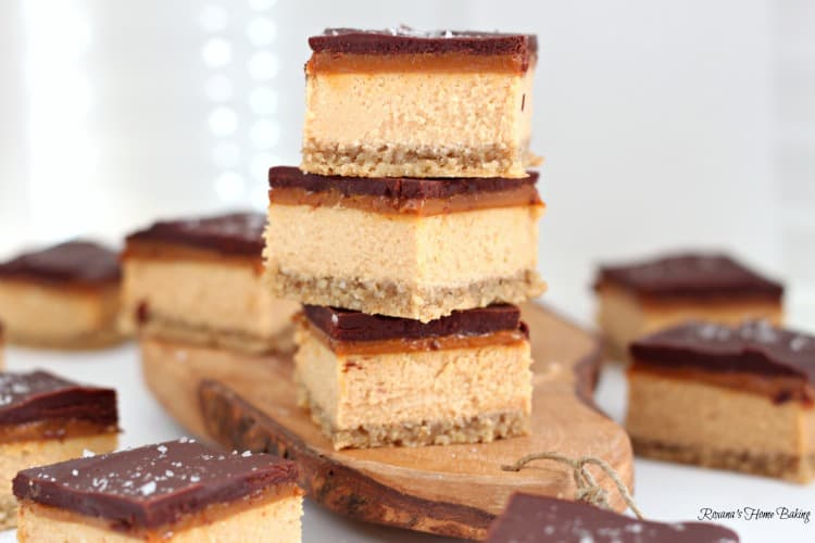 Dulce do Leche Chocolate Cheesecake Bars