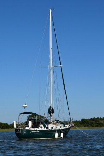Meander at anchor in Price Creek.