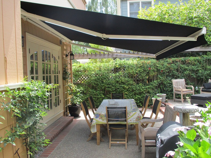 motorized awnings and solar screens