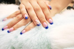 French Manicure 7