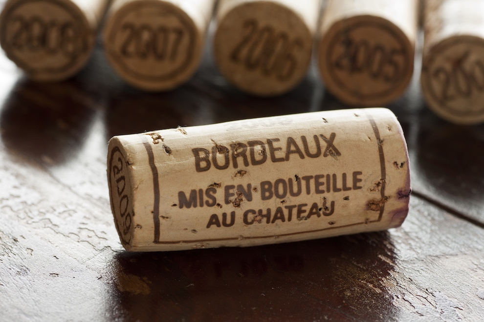 What's the Difference Between Left Bank and Right Bank Bordeaux Wines? | Maggie Campbell DipWSET | SommelierQA.com