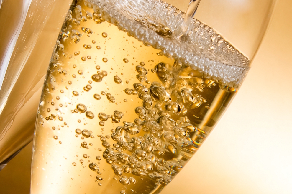 Why is Champagne so Expensive? | SommelierQA.com