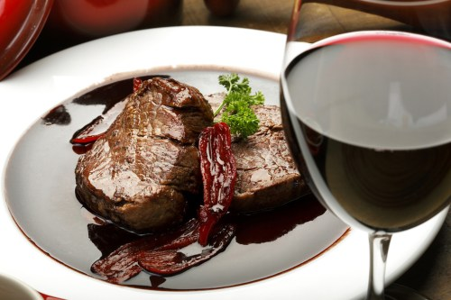 What's the Best Food Pairing for Cabernet Sauvignon? | Cabernet and Steak Food Pairing | SommelierQA.com