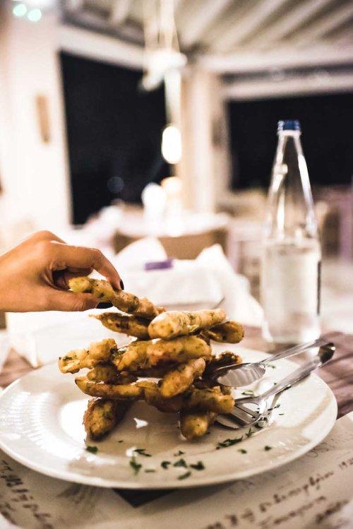 Mpourou Restaurant