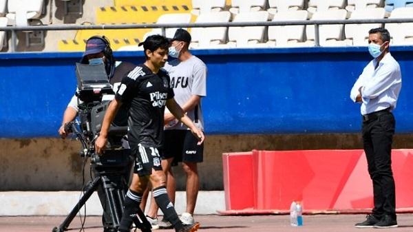 Matías Fernández sale lesionado en el encuentro contra Deportes Antofagasta
