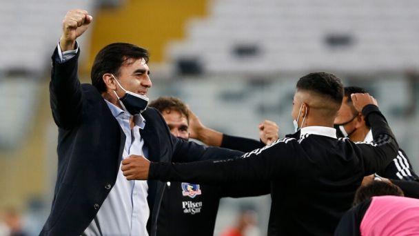 """Gustavo Quinteros ya palpita lo que se viene con Colo Colo: """"Me siento preparado para la guerra"""""""