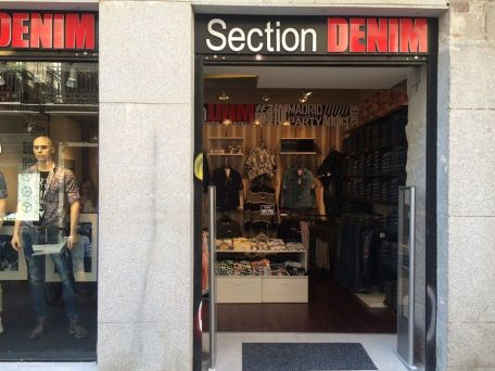 Section DENIM - ropa (C/ Colón 3)