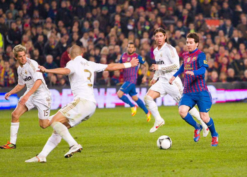 Football Game El Clasico - 9 experiences you must have in Spain