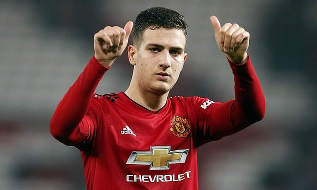 Diogo Dalots surprising message to Solskjaer and Wan Bissaka
