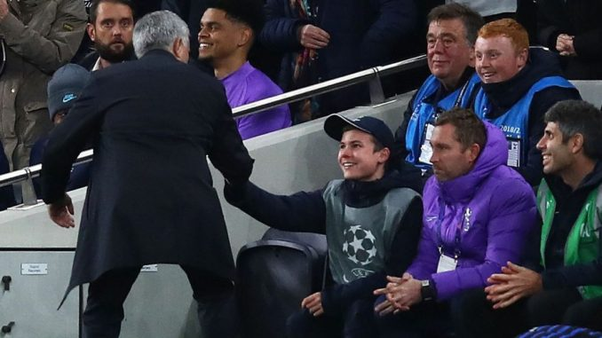 Mourinho hands star ball boy a pre-match dinner invitation with Spurs squad 1