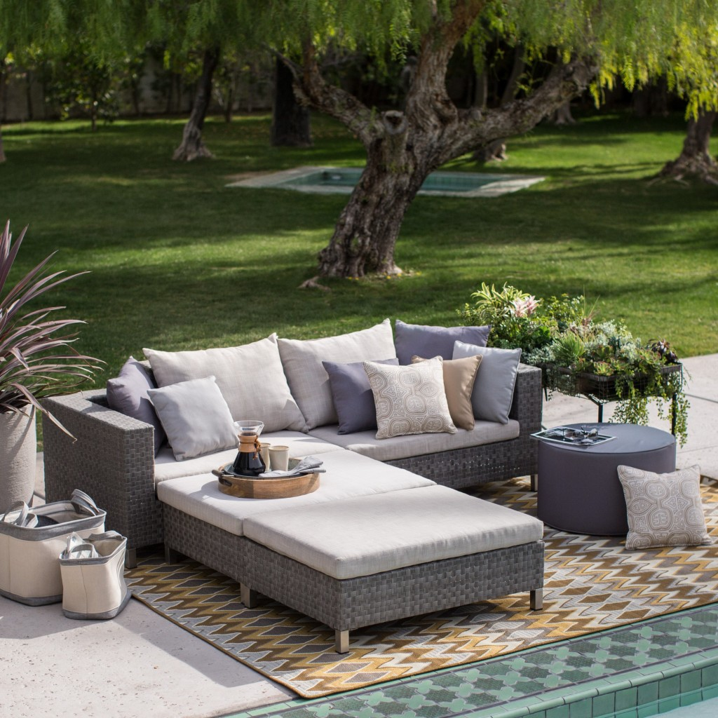 Etonnant Home Decor  The Best Most Comfortable Outdoor Furniture    Wicker Sofa Sectional
