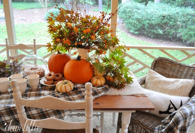 fall-pillows-porch-wicker-chair