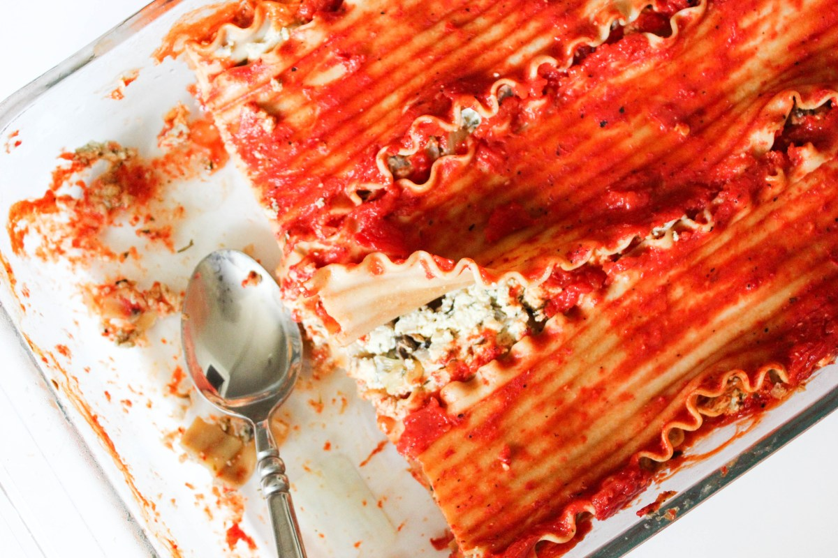 Vegan Lasagna with Roasted Red Pepper Sauce