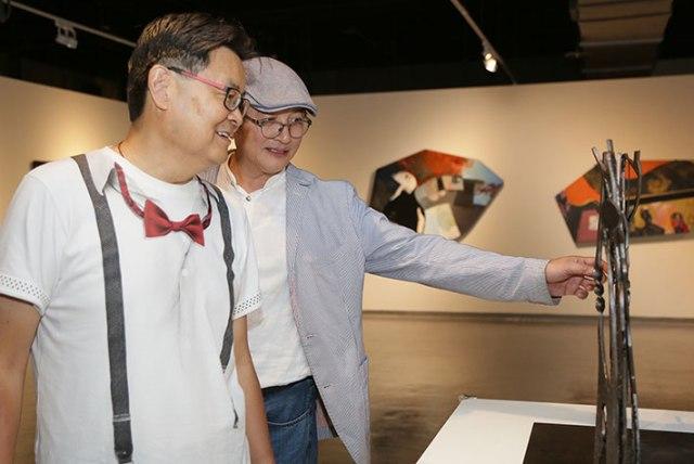 遠雄活動邀請臺灣畫廊協會資深顧問、知名藝術品拍賣官的陸潔民分享其穿梭藝術市場多年的經驗談。