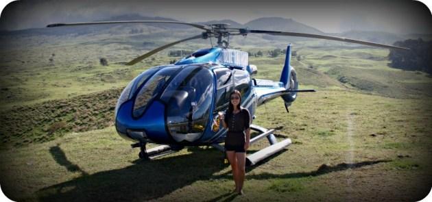 Min kära man överraskade mig med en helikoptertur för att fira att jag fått jobb. Jag trodde han skulle surfa och jag skulle jogga på stranden. Istället drack vi champange och njöt utsikten över fantastiska Maui :)