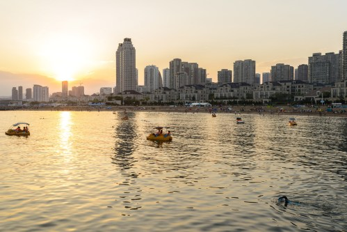 xinghai-bay-in-sunset