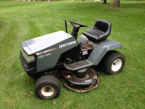 Craftsman riding lawn mower with Briggs & Stratton engine