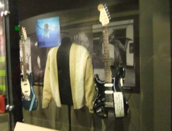 Kurt Cobain's guitar from Nirvana's last tour up for auction