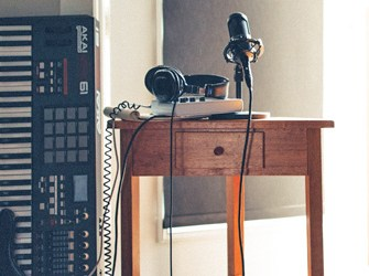 Songwriter's guide to home recording: laptop vs desktop