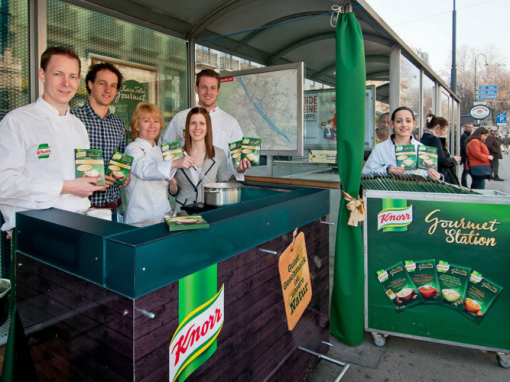 Knorr Kaiser Gourmet Suppen Straßenbahnstation